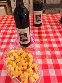 Maréchal Foch Red Wine and Smoked Gouda